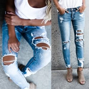 NEW KanCan Ripped Jeans w/ Ankle Fringe